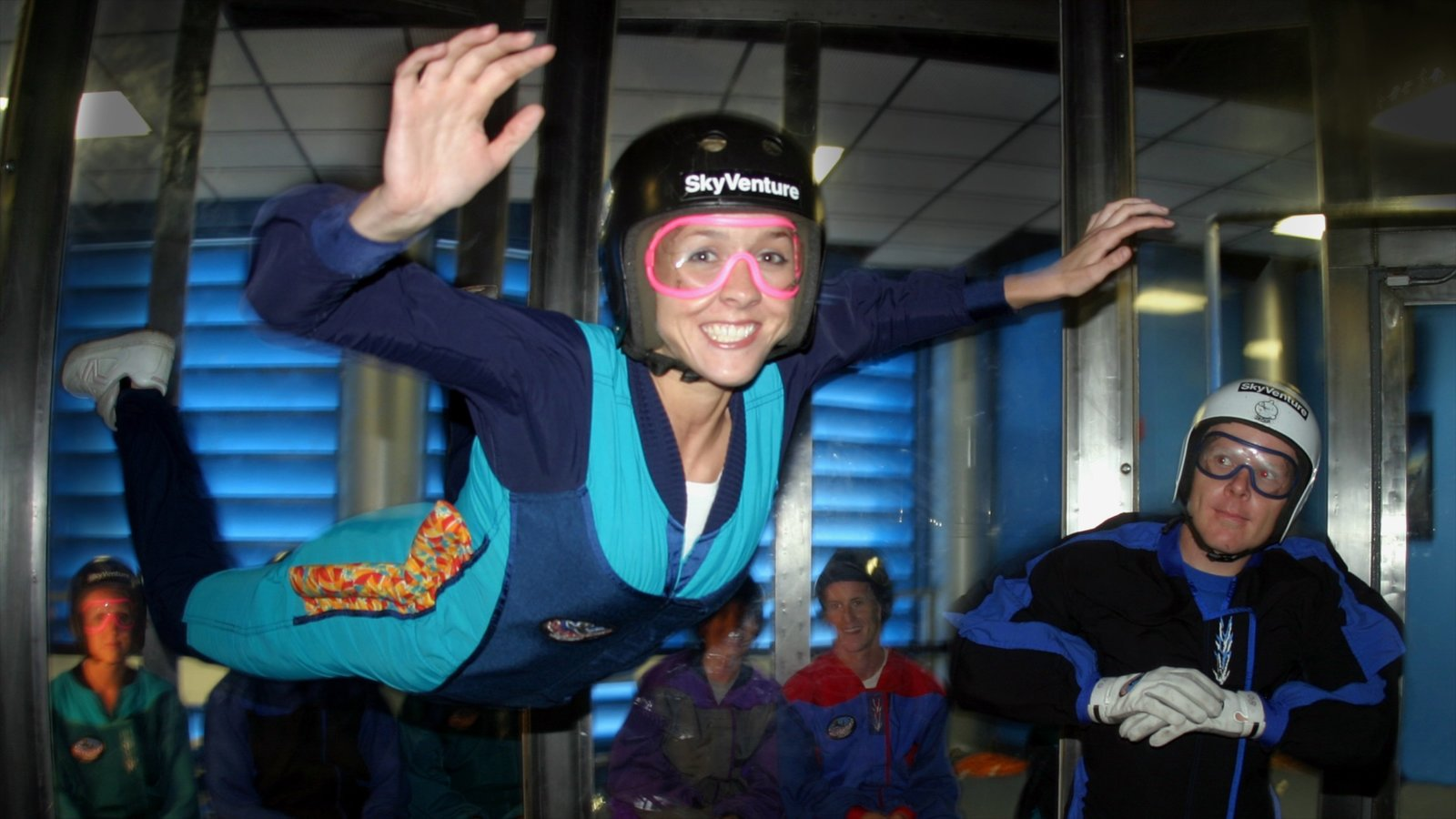 Orlando which includes interior views and skydiving