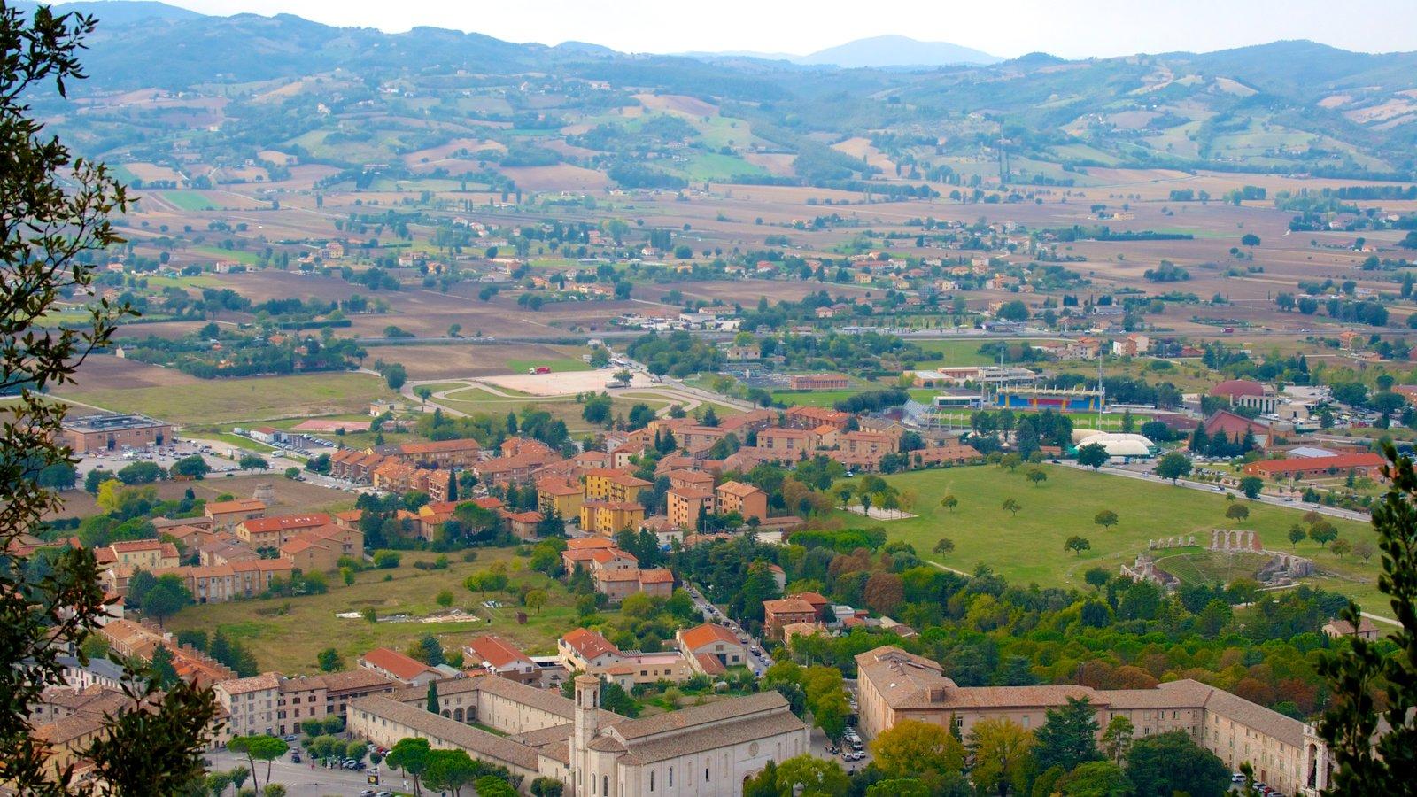 Gubbio mostrando una pequeña ciudad o pueblo