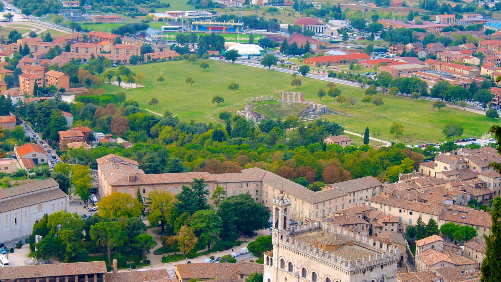 Gubbio which includes heritage architecture and a small town or village