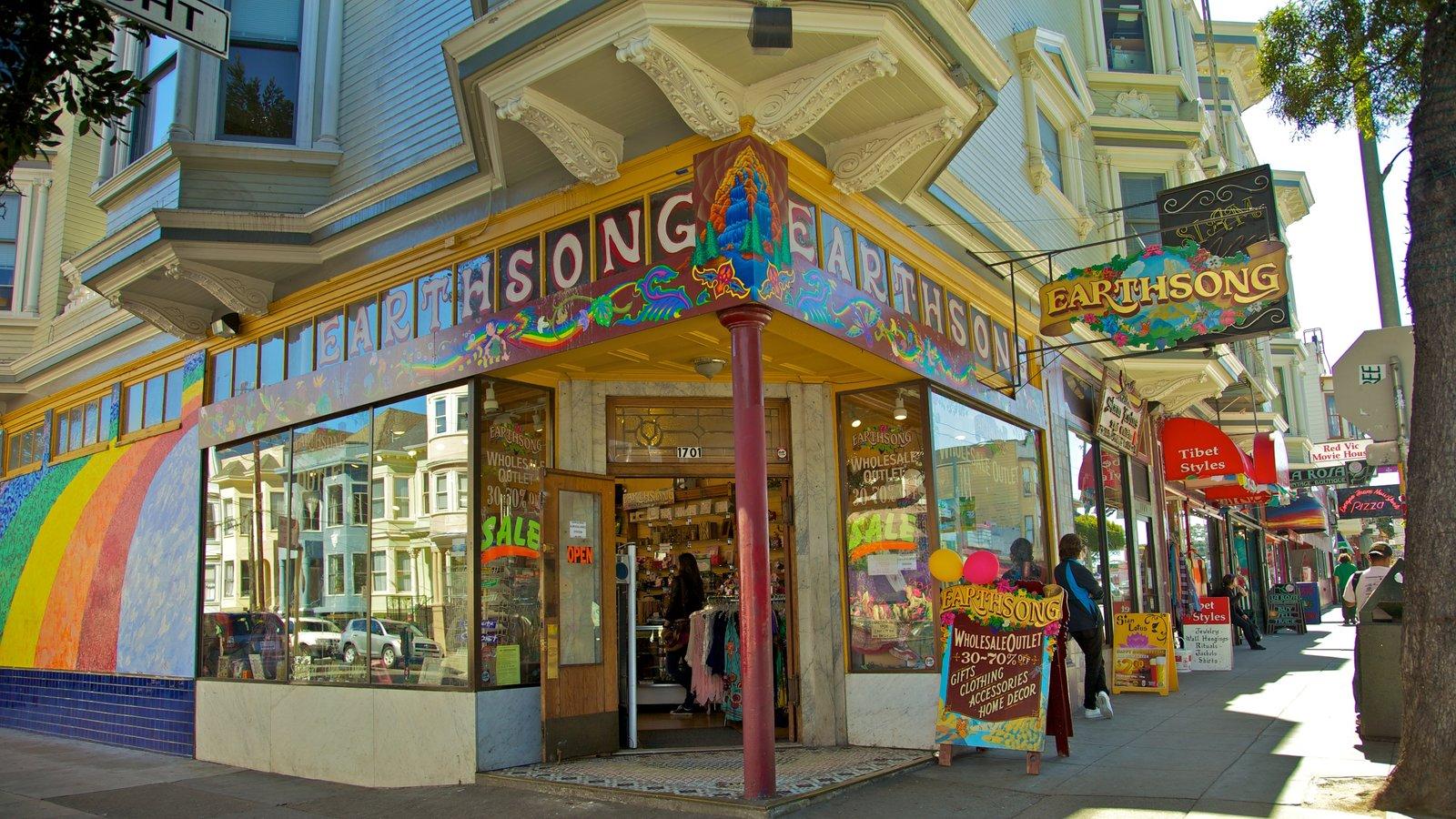 Haight-Ashbury mostrando compras e sinalização
