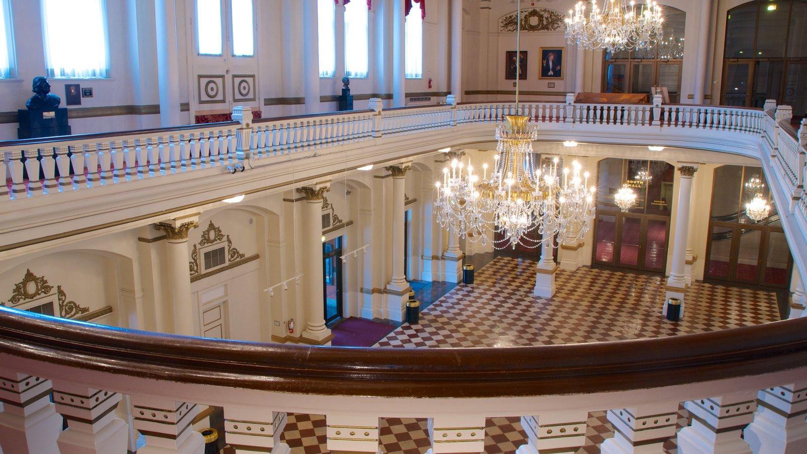 Cincinnati Music Hall que inclui arquitetura de patrimônio e vistas internas