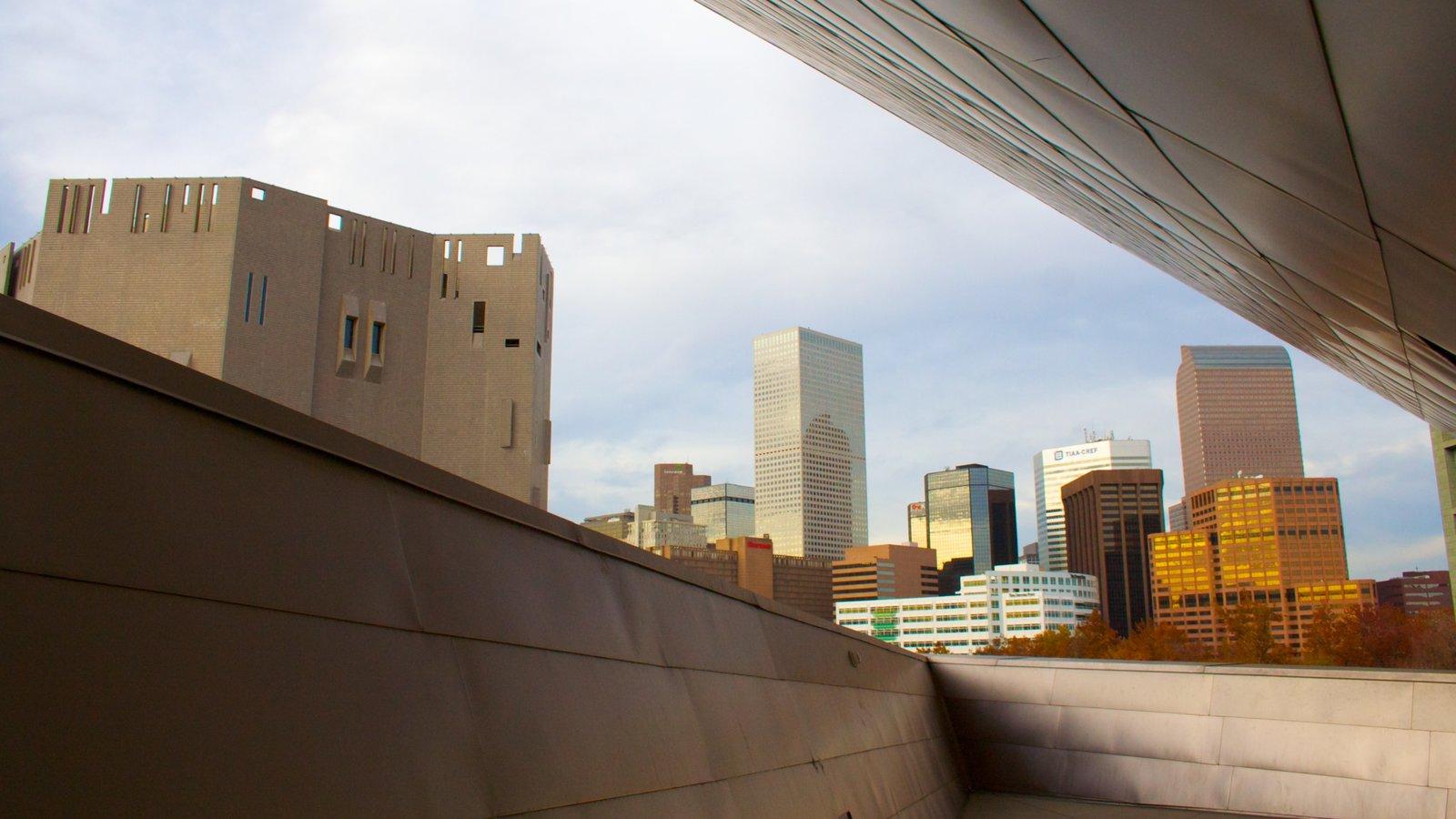 Denver Art Museum mostrando arquitetura de patrimônio