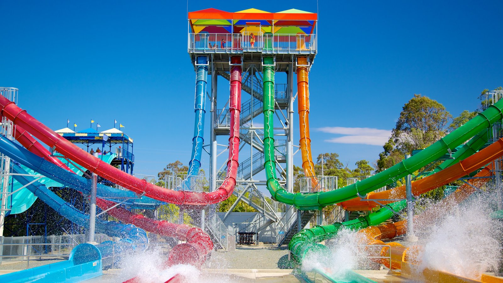 wild water get soaked Wet 'n' wild water park is located in northwest phoenix find out how to get there and what to expect when you visit arizona's largest water park.