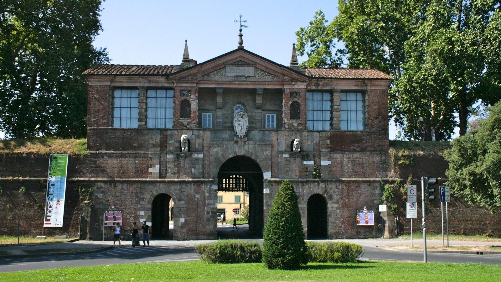 Viareggio featuring a park and heritage architecture