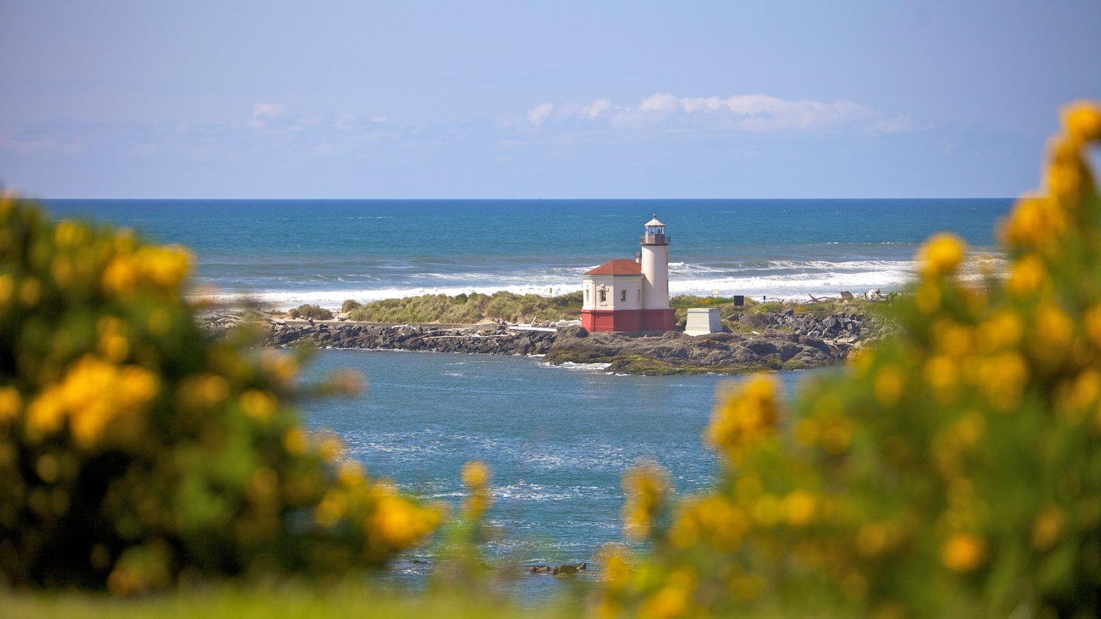 Oregon - Costa Sul que inclui litoral acidentado, um farol e paisagens litorâneas