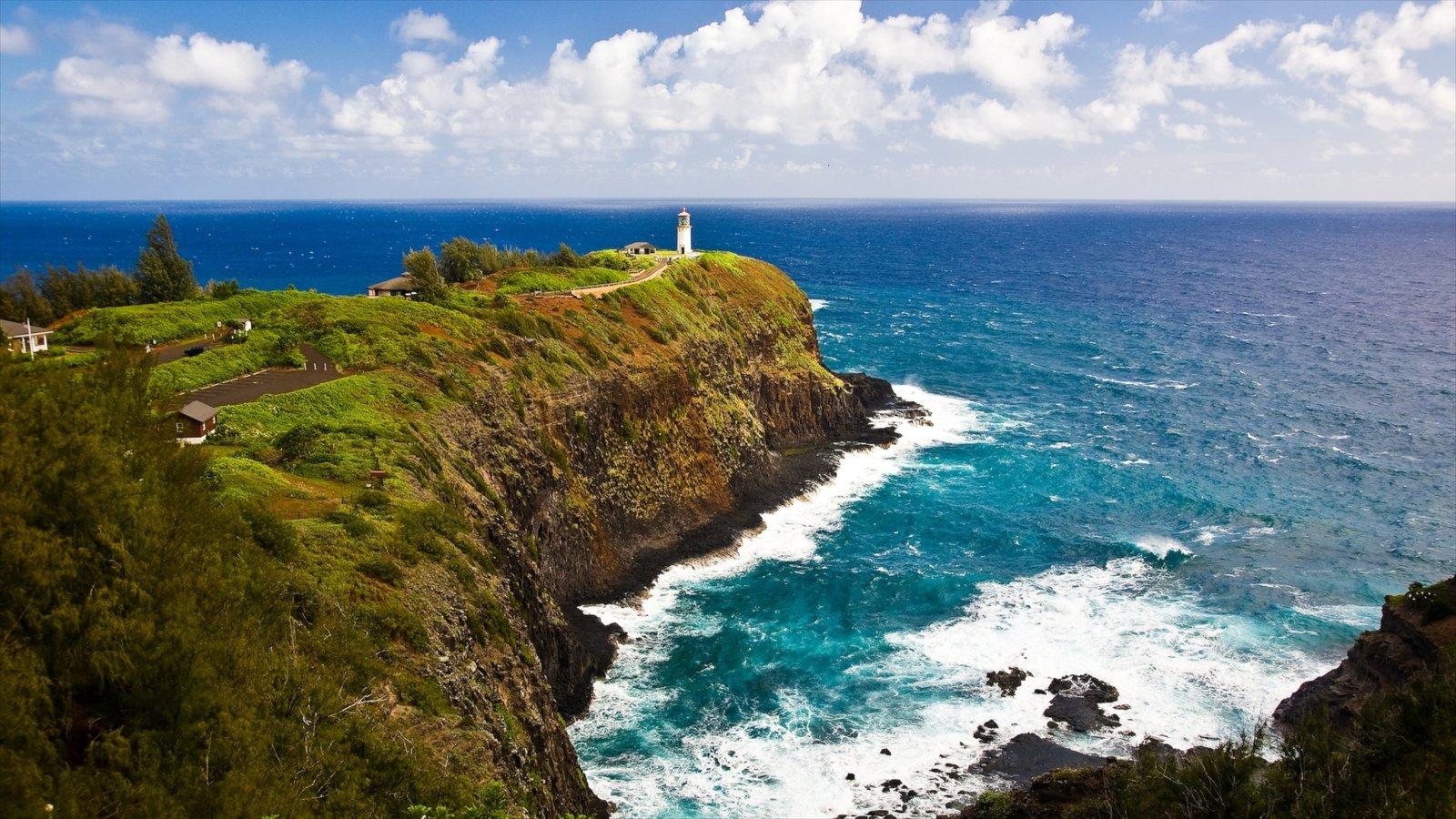 Kauai Island mostrando um farol, paisagem e litoral acidentado