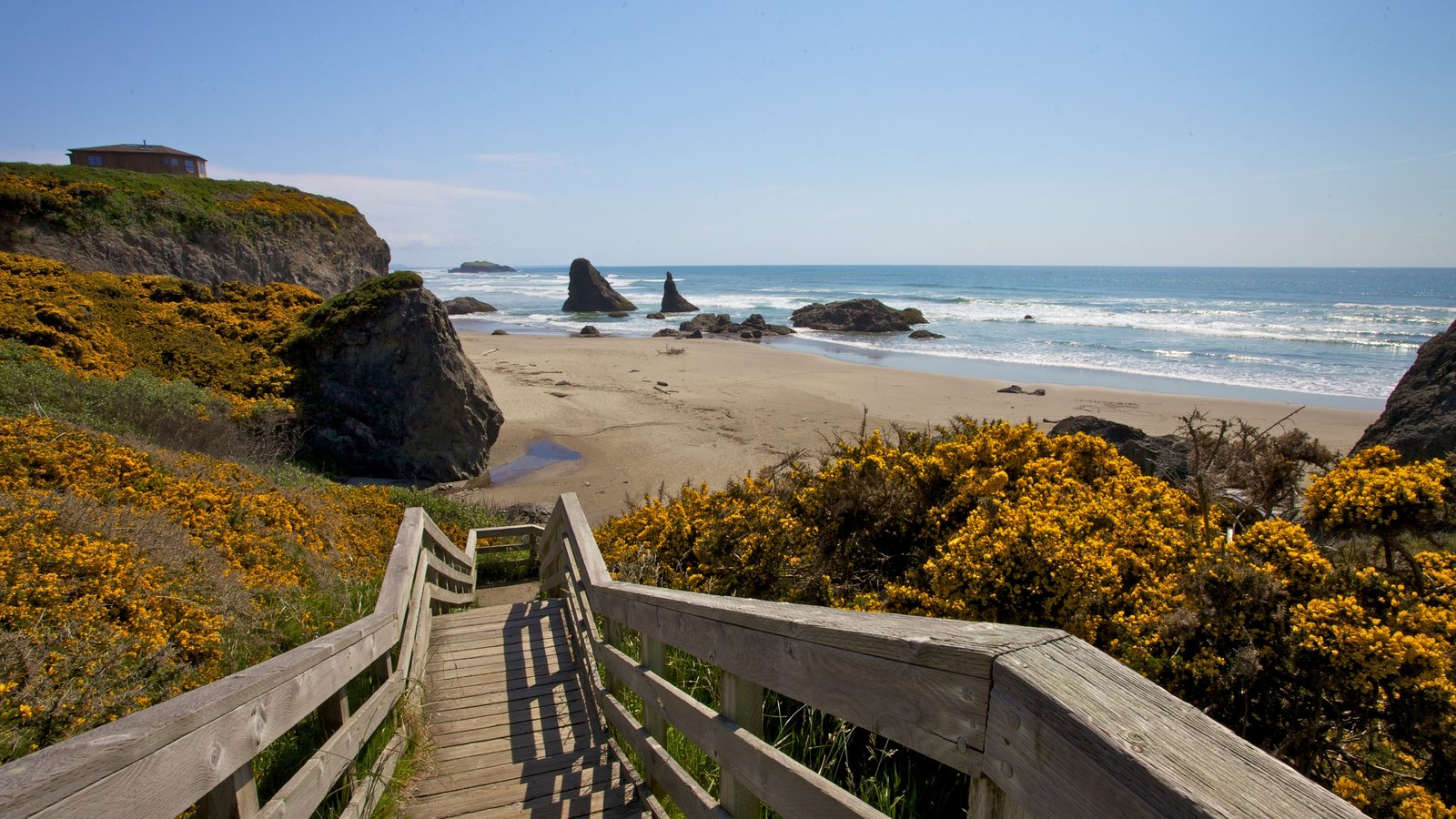Bandon which includes a beach and landscape views
