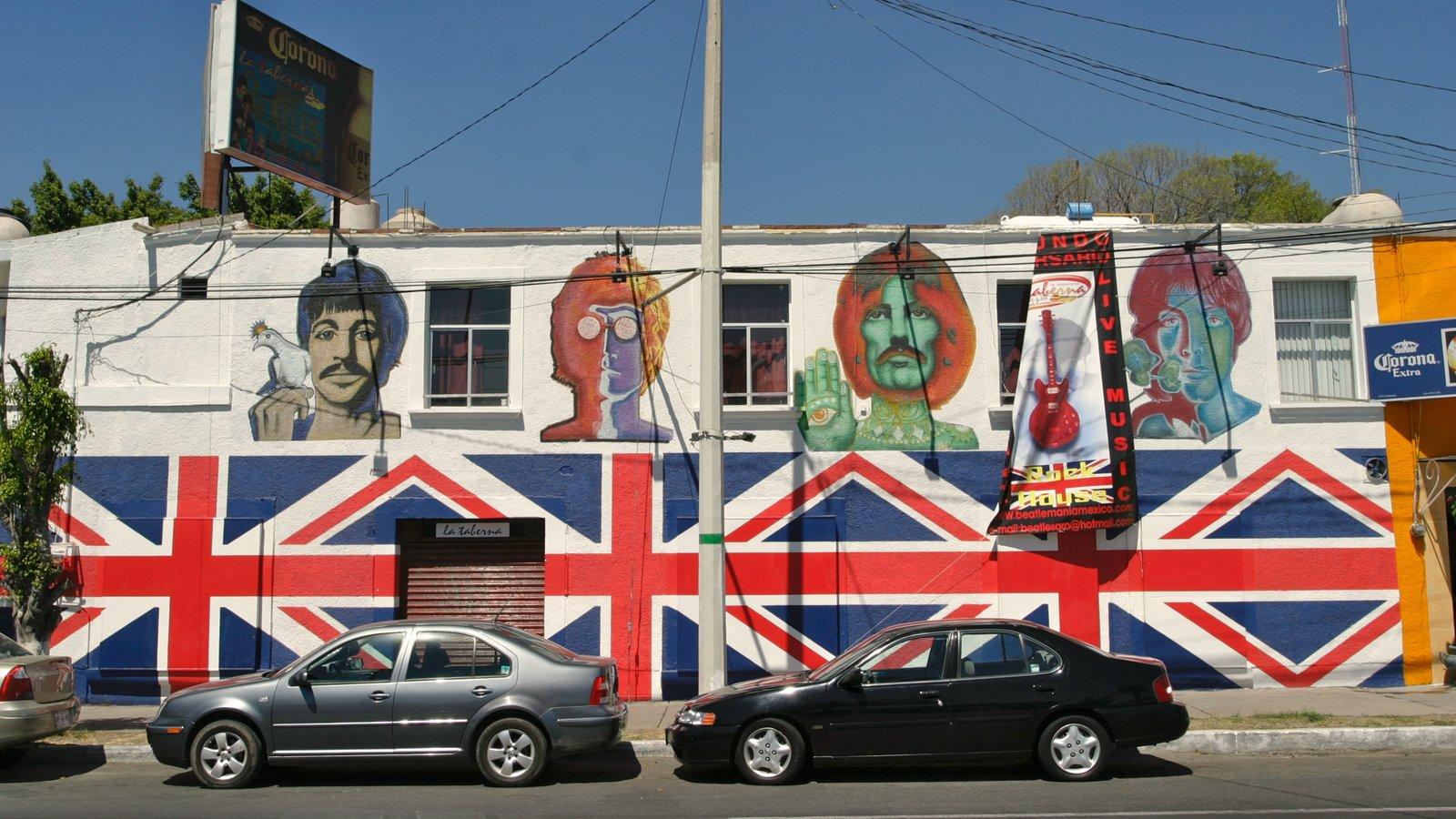 Querétaro mostrando escenas urbanas, señalización y arte