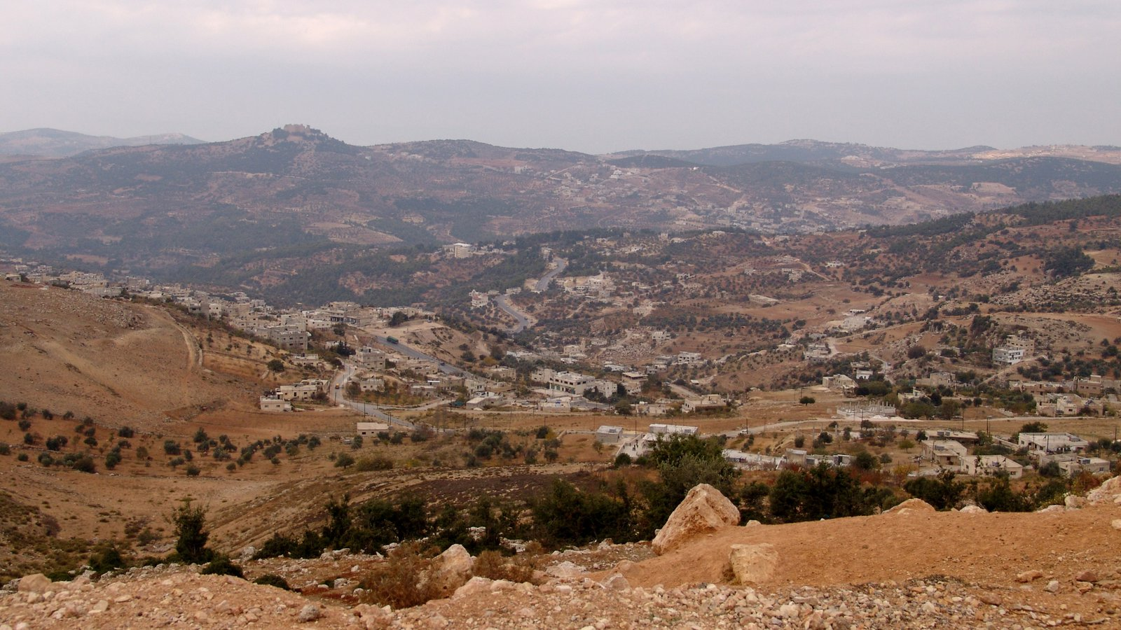 Ajloun showing landscape views and skyline