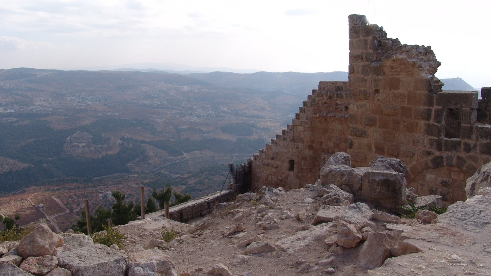 Ajloun featuring heritage elements, a ruin and heritage architecture