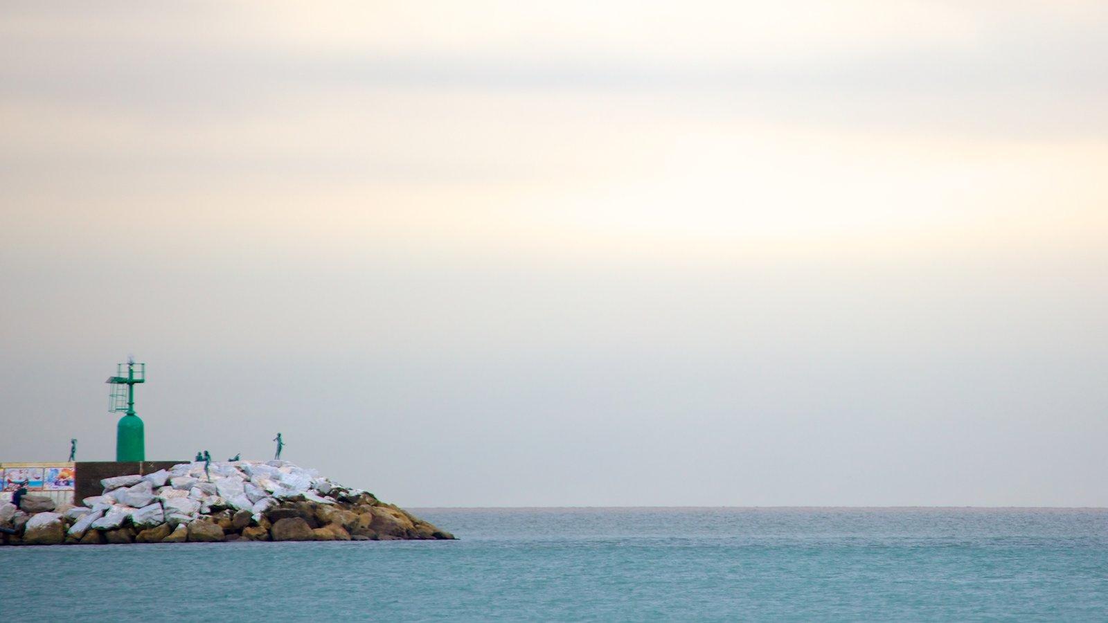 Viareggio showing rocky coastline, landscape views and general coastal views