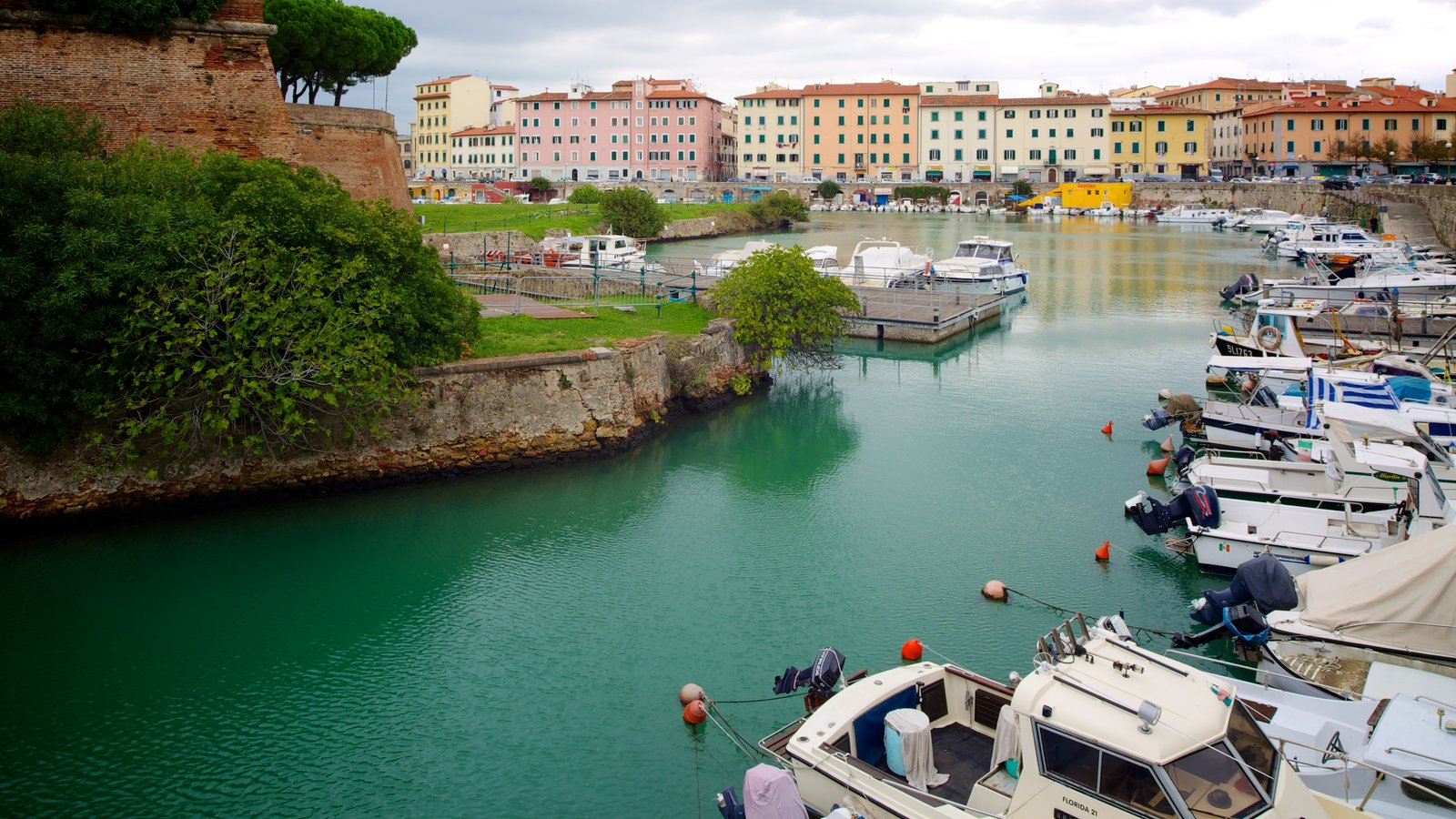 Fortezza Nuova which includes boating, a river or creek and a marina