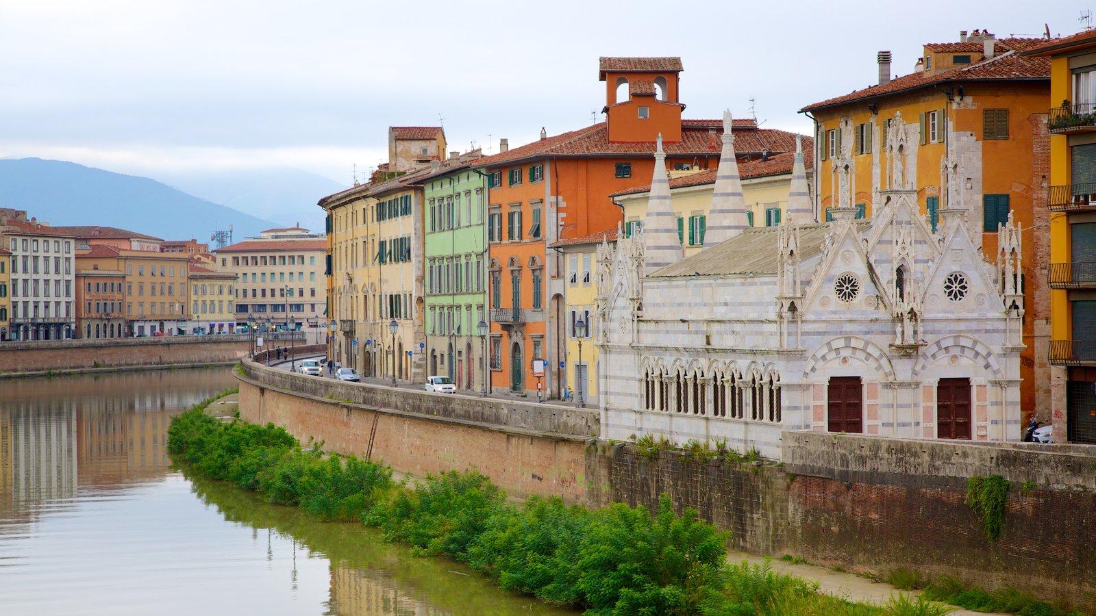 Santa Maria della Spina which includes a river or creek, a city and heritage architecture