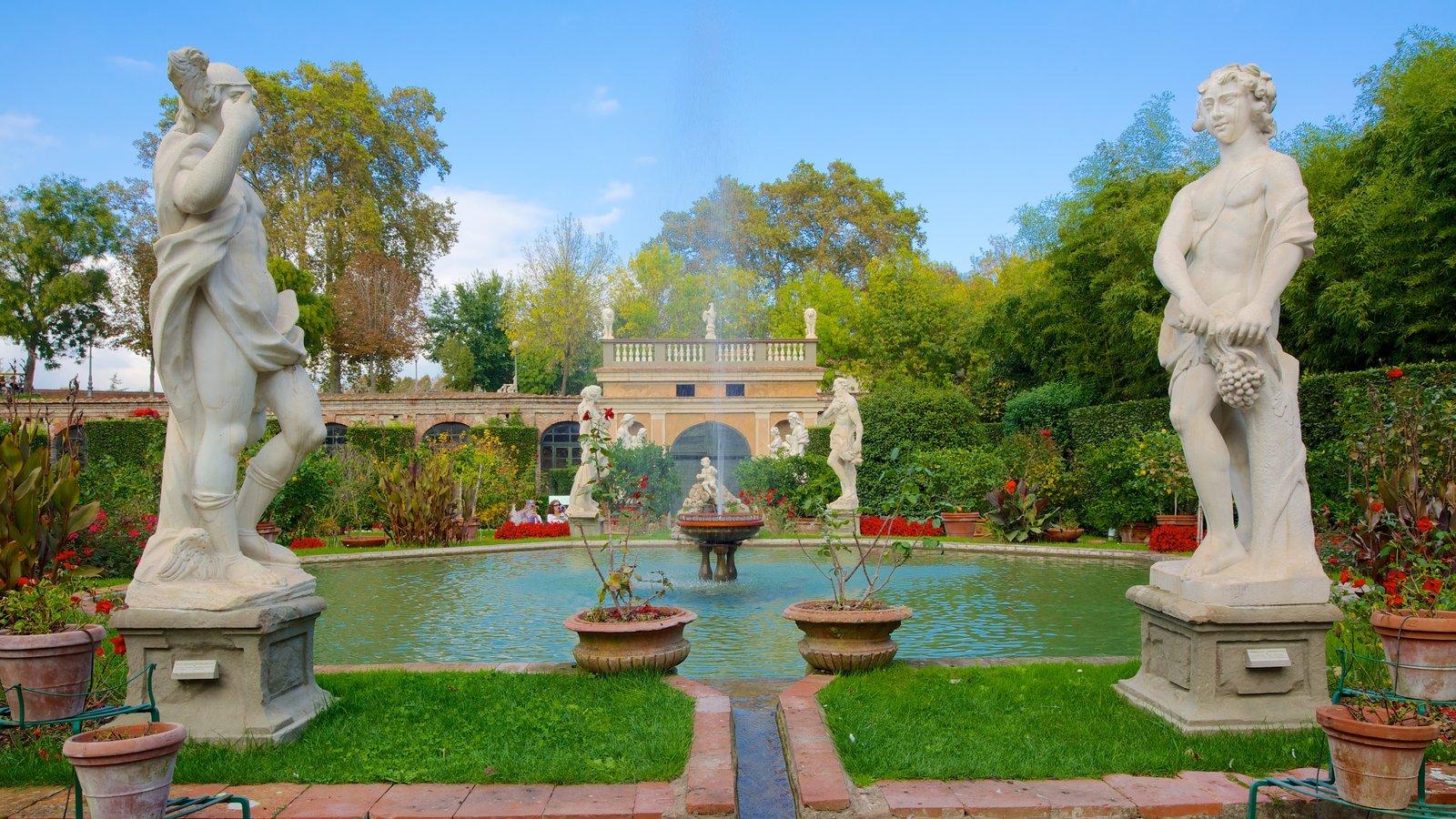 Palazzo Pfanner mostrando um parque, arte e um lago