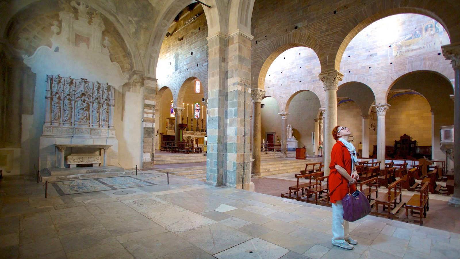Basilica di San Frediano featuring heritage architecture, religious elements and a church or cathedral