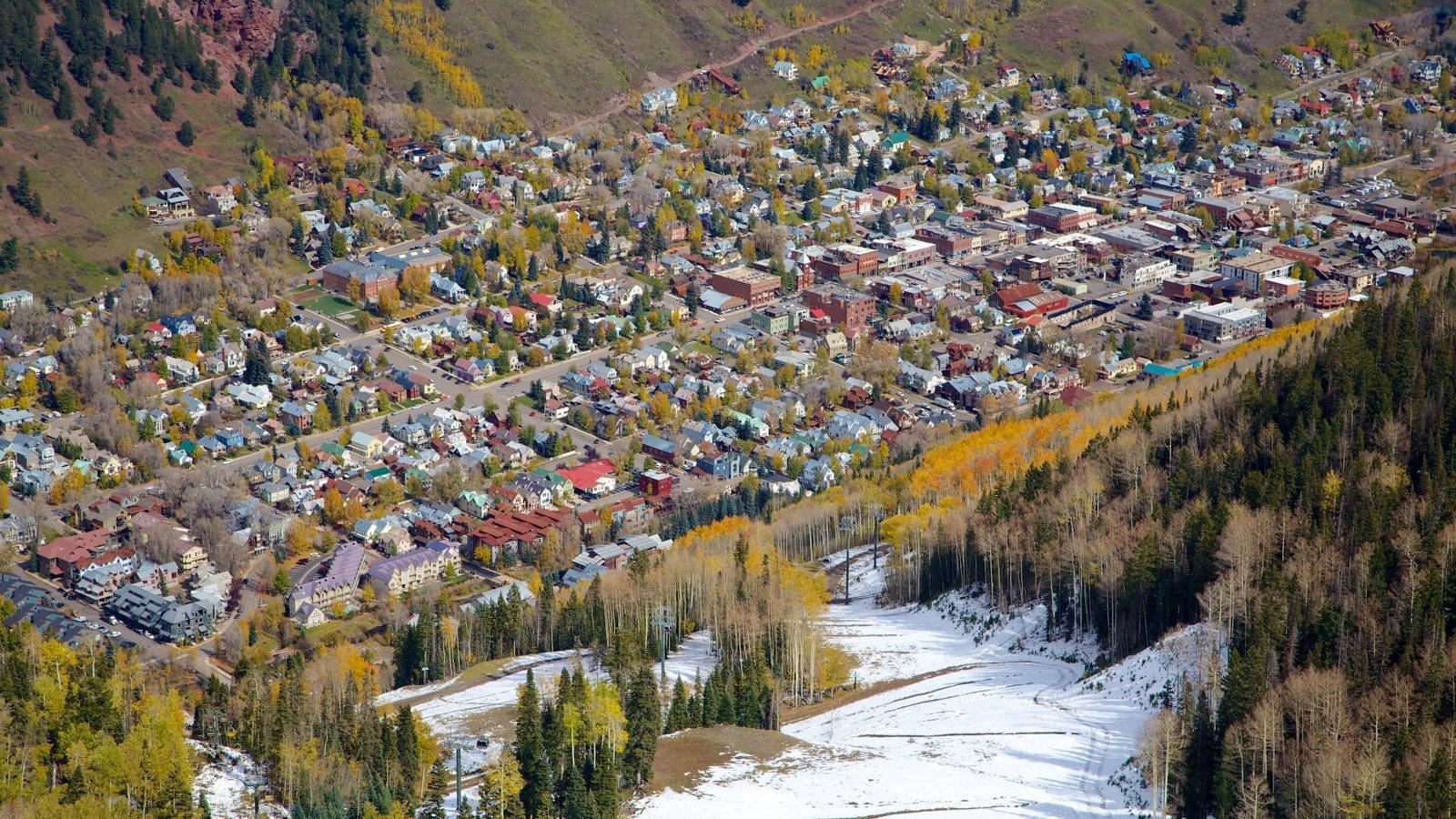 Telluride Ski Resort que inclui neve