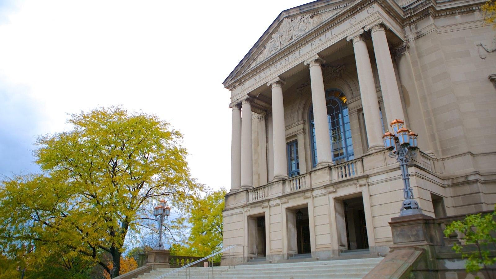 Severance Hall que inclui um edifício administrativo e arquitetura de patrimônio