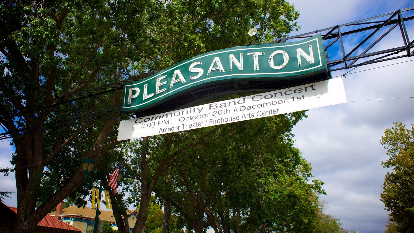 Pleasanton que inclui sinalização