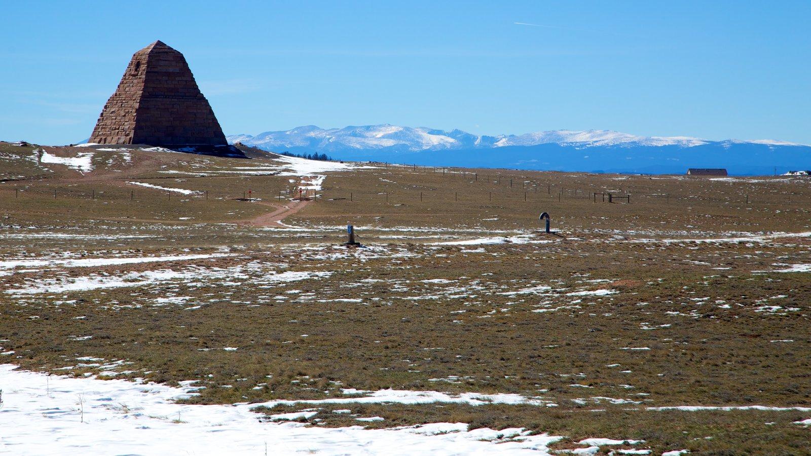 Laramie ofreciendo nieve, escenas tranquilas y un monumento