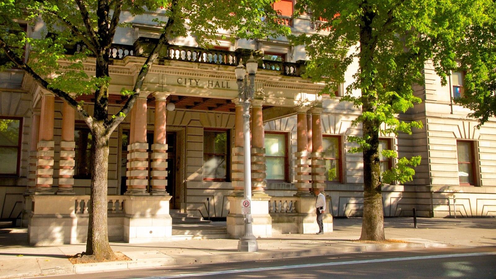 Portland City Hall ofreciendo patrimonio de arquitectura y un edificio administrativo