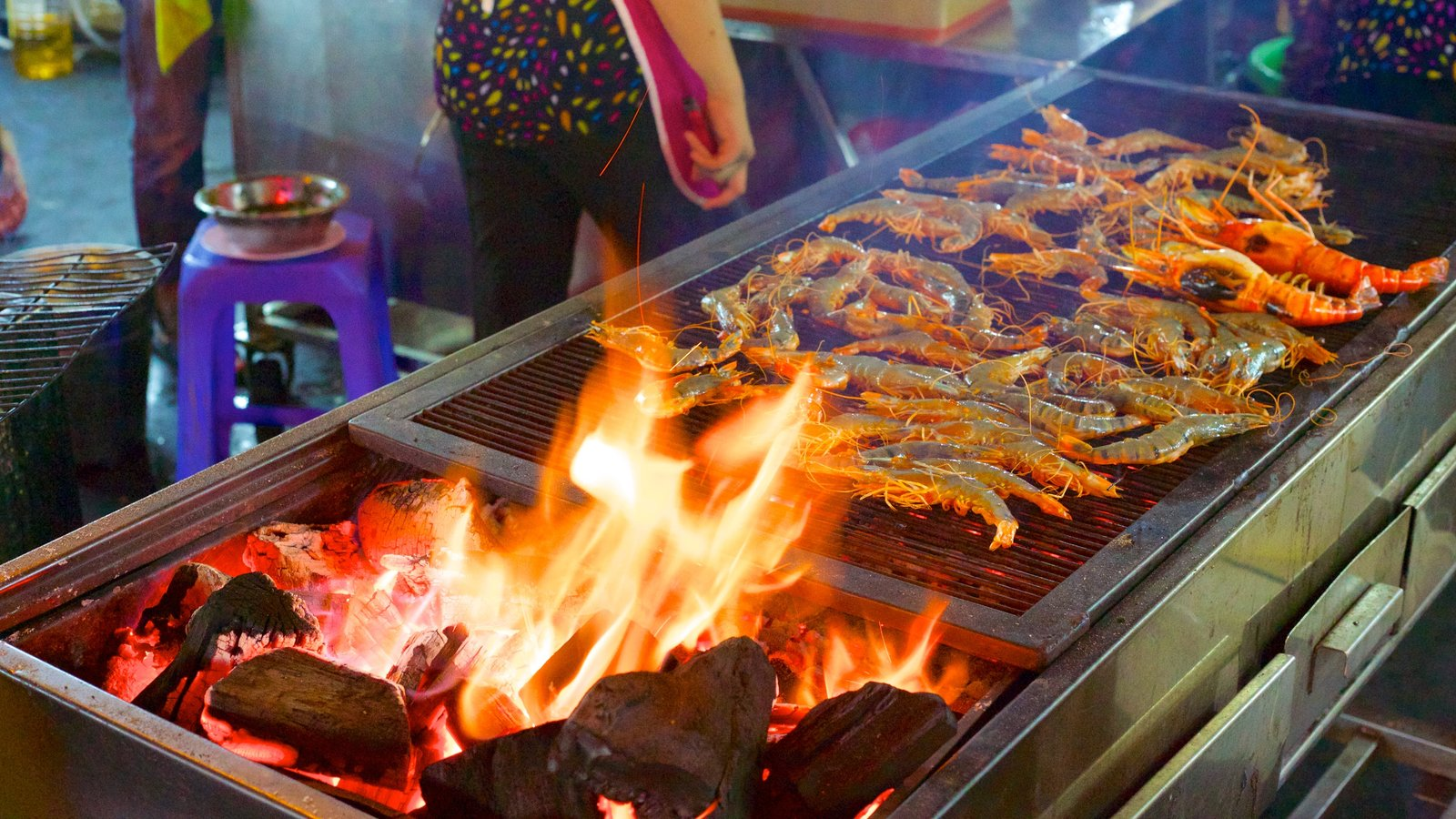 street food quality in ho chi The street food scene in saigon in vietnam fame often leads to apathy and a decline in quality are sold on the street in ho chi minh city hope to hear.