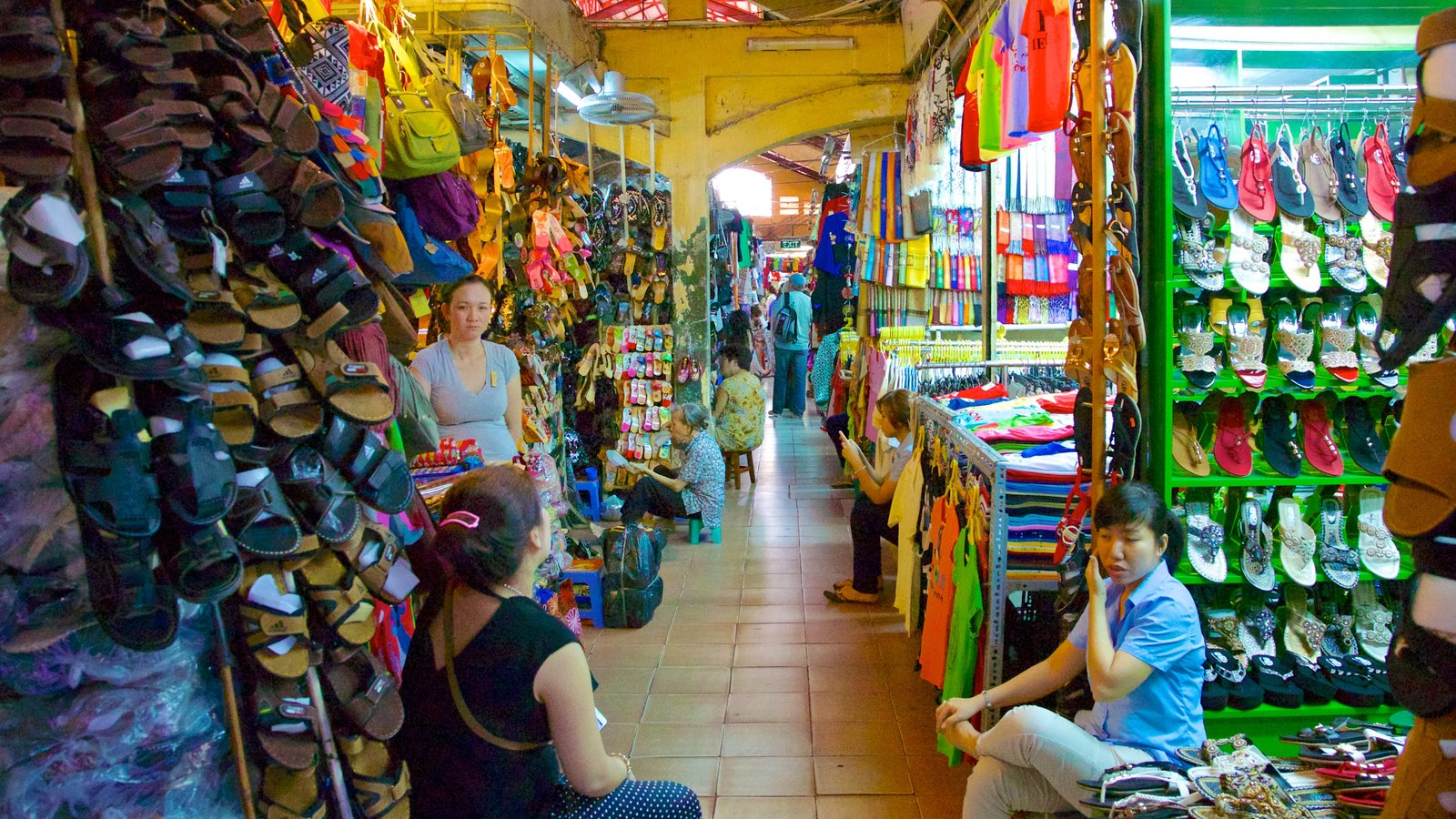 Ben Thanh Market which includes interior views and markets