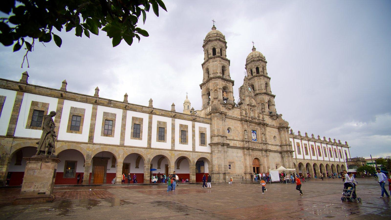 Vista de la fachada de la basílica de Zapopan