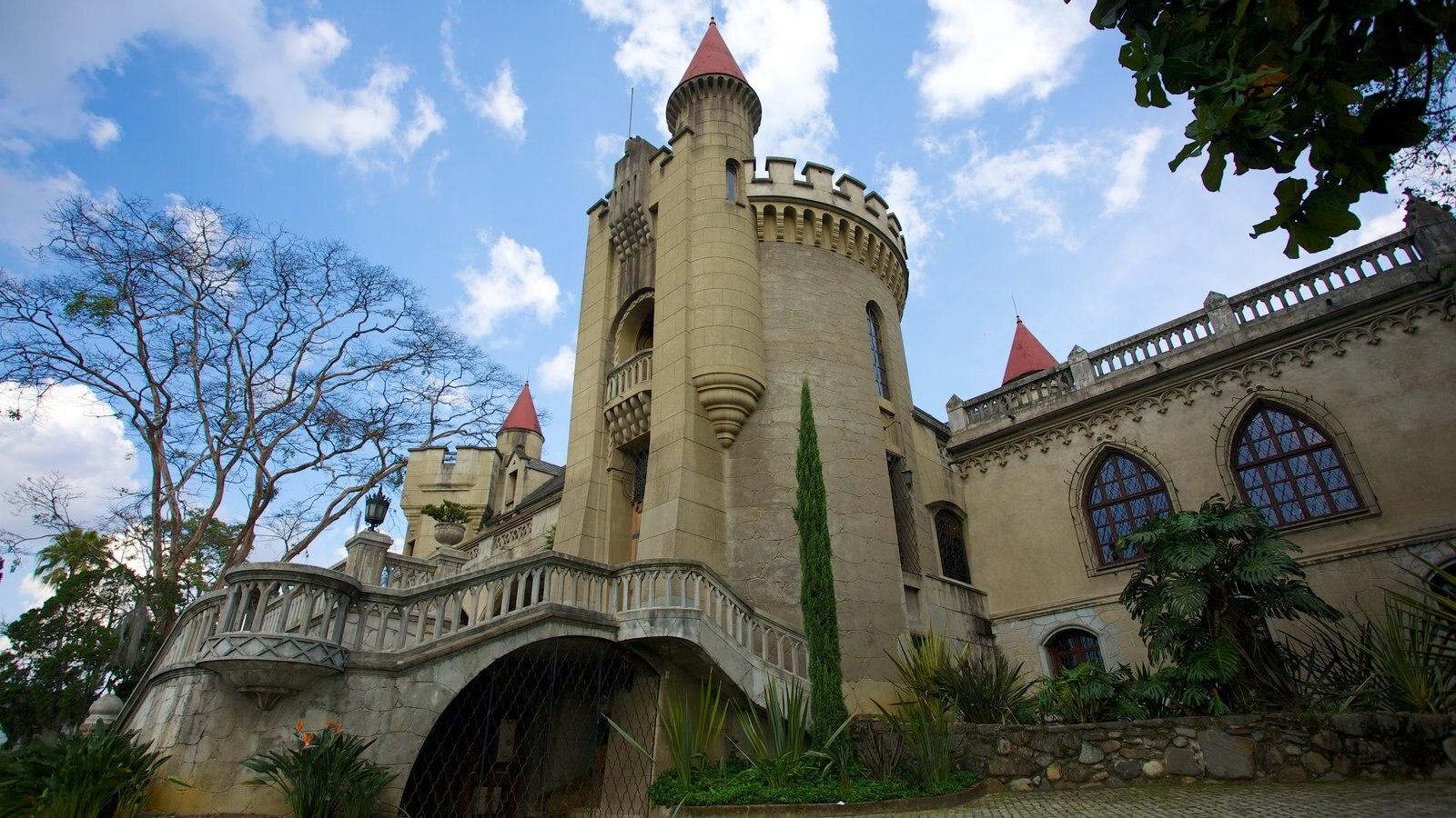 Museo El Castillo caracterizando um pequeno castelo ou palácio e arquitetura de patrimônio