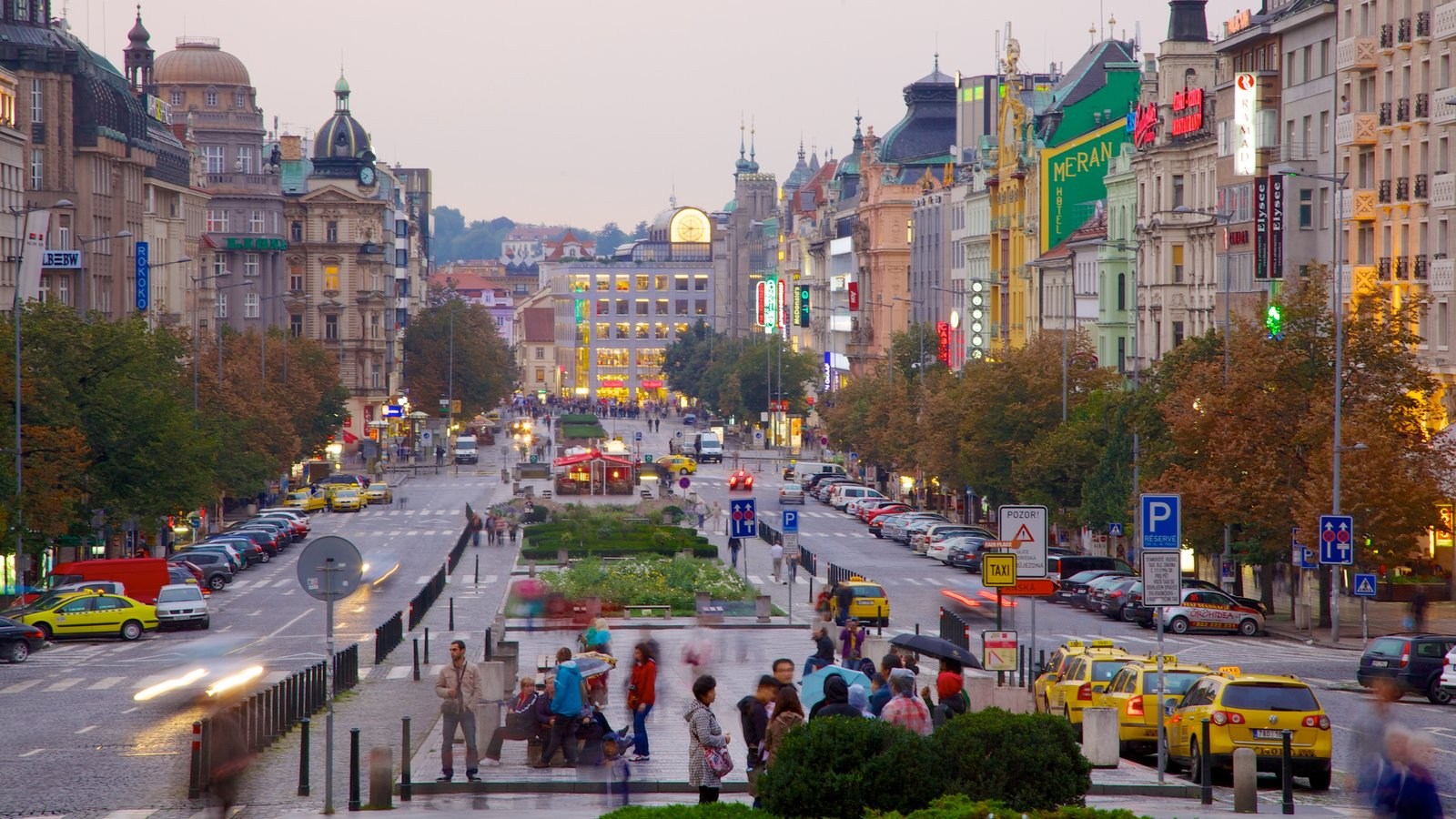 Wenceslas Square featuring street scenes, heritage architecture and a city