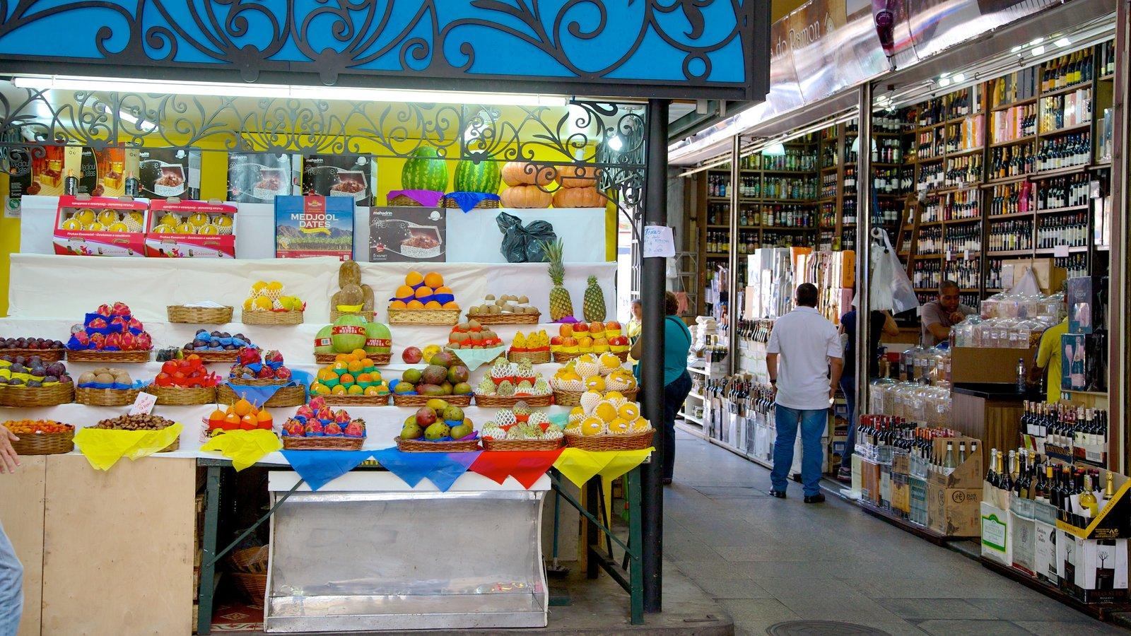 Mercado Municipal caracterizando uma cidade e mercados