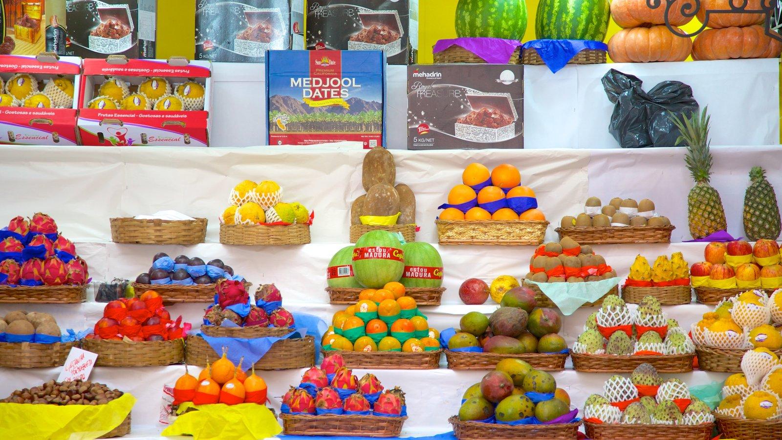 Mercado Municipal caracterizando comida