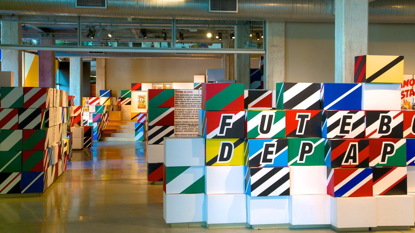 Museu do Futebol caracterizando sinalização e vistas internas