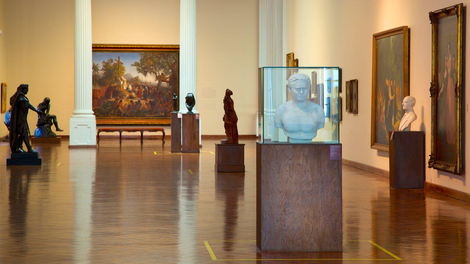 Museu Nacional de Belas Artes mostrando arte e vistas internas