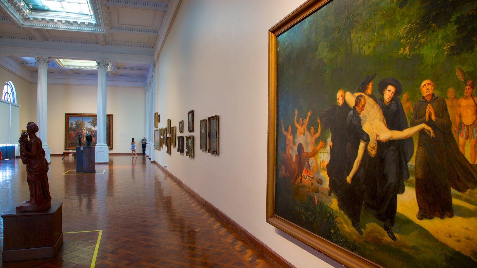 Museu Nacional de Belas Artes mostrando vistas internas e arte