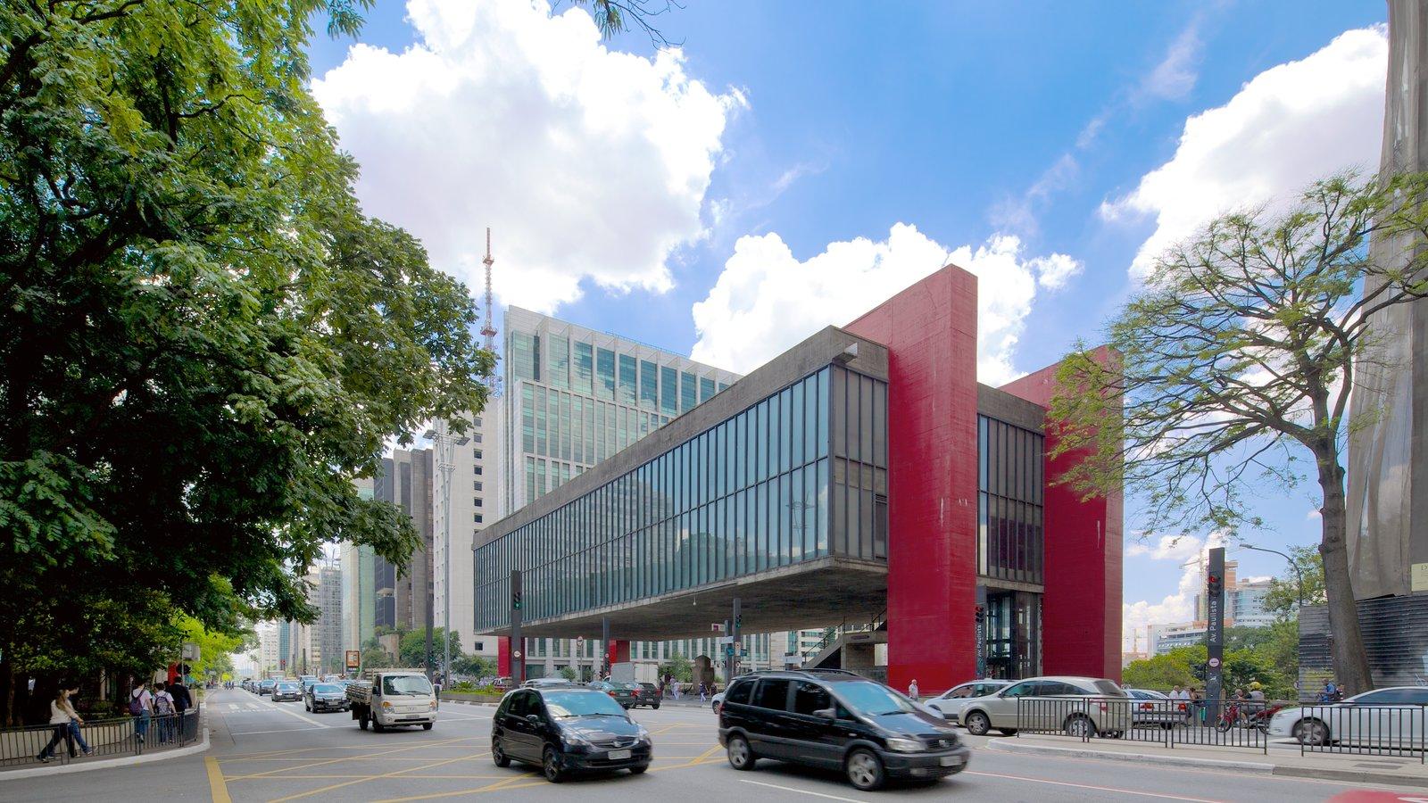 Museu de Arte Moderna mostrando uma cidade, arquitetura moderna e cenas de rua