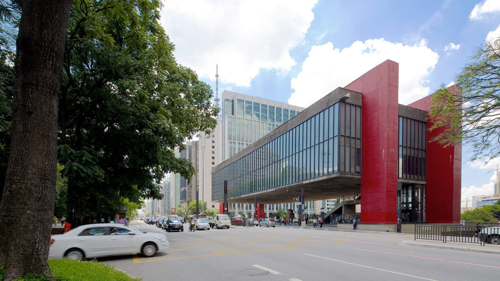 Museu de Arte Moderna caracterizando cenas de rua, arquitetura moderna e uma cidade