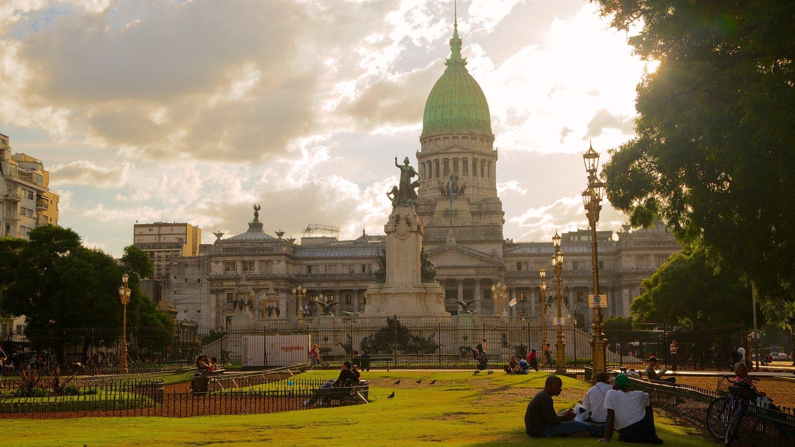 Congresso da Nação Argentina mostrando arquitetura de patrimônio e um jardim