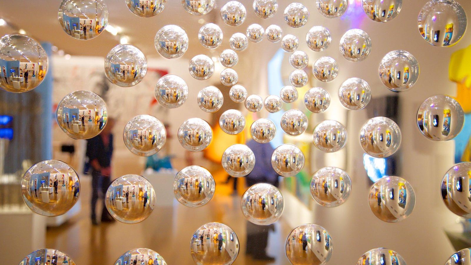 Museo de Arte Latinoamericano de Buenos Aires bevat kunst
