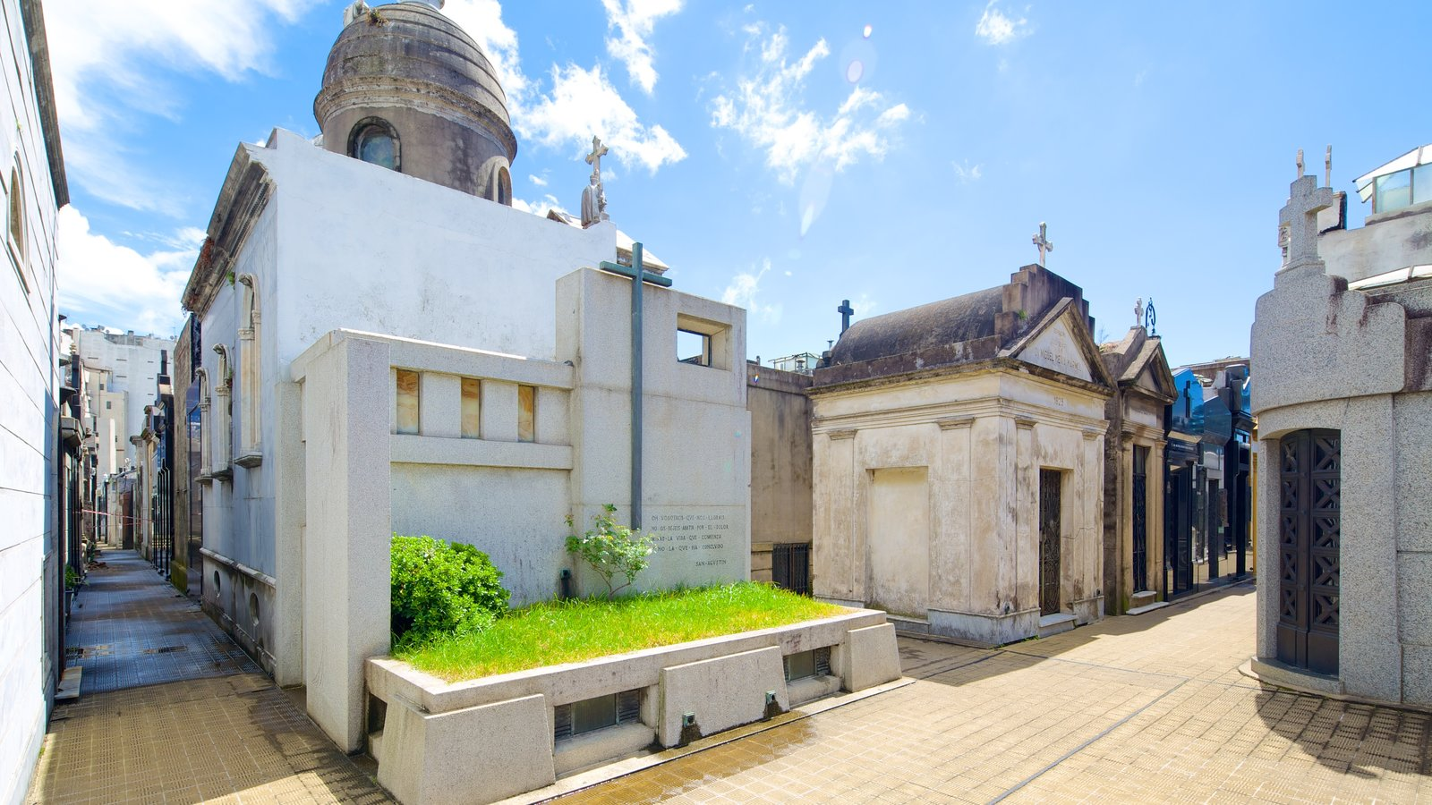 Cementerio de la Recoleta que inclui um cemitério
