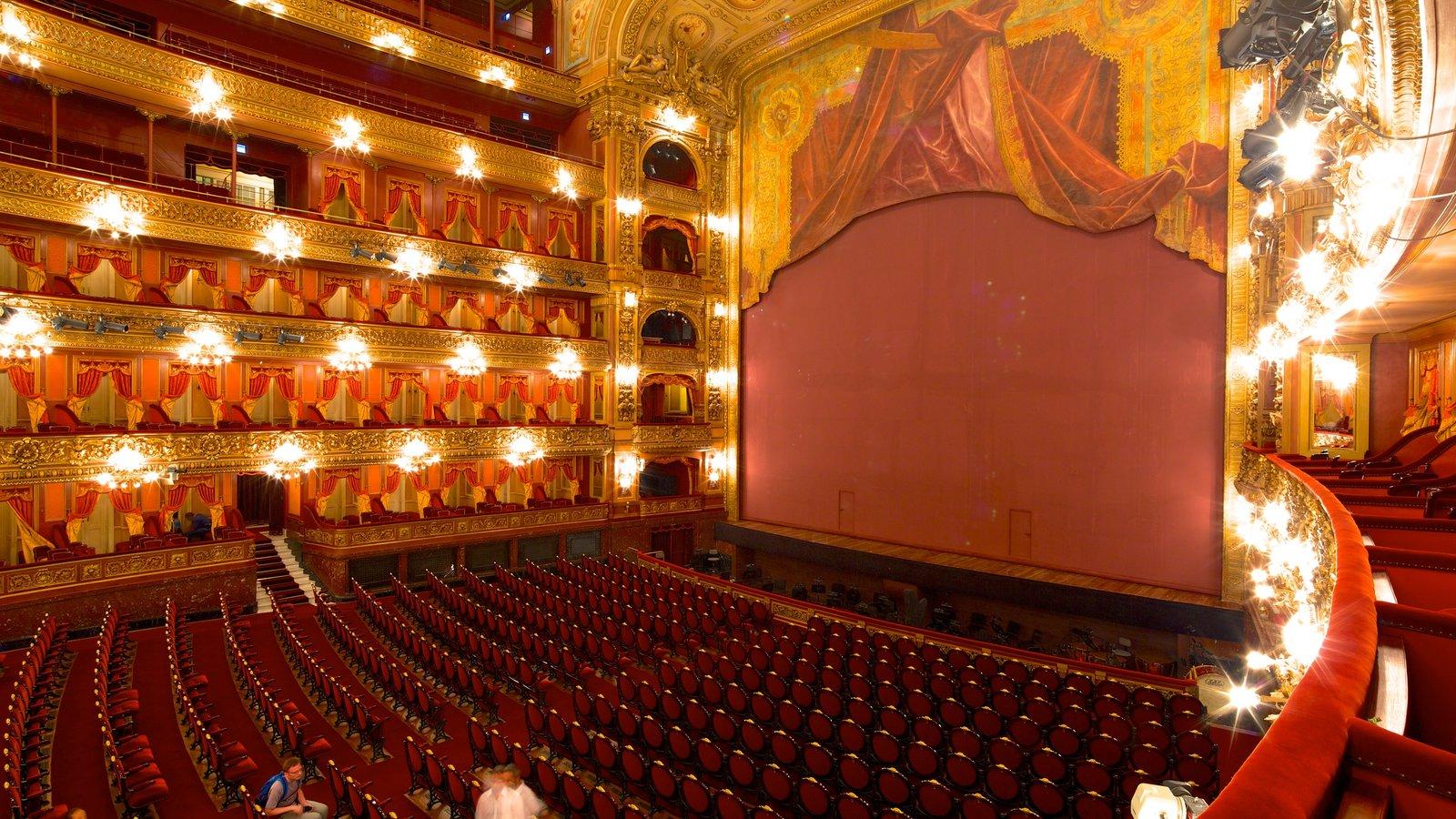 Teatro Colón que inclui arquitetura de patrimônio, cenas de teatro e vistas internas