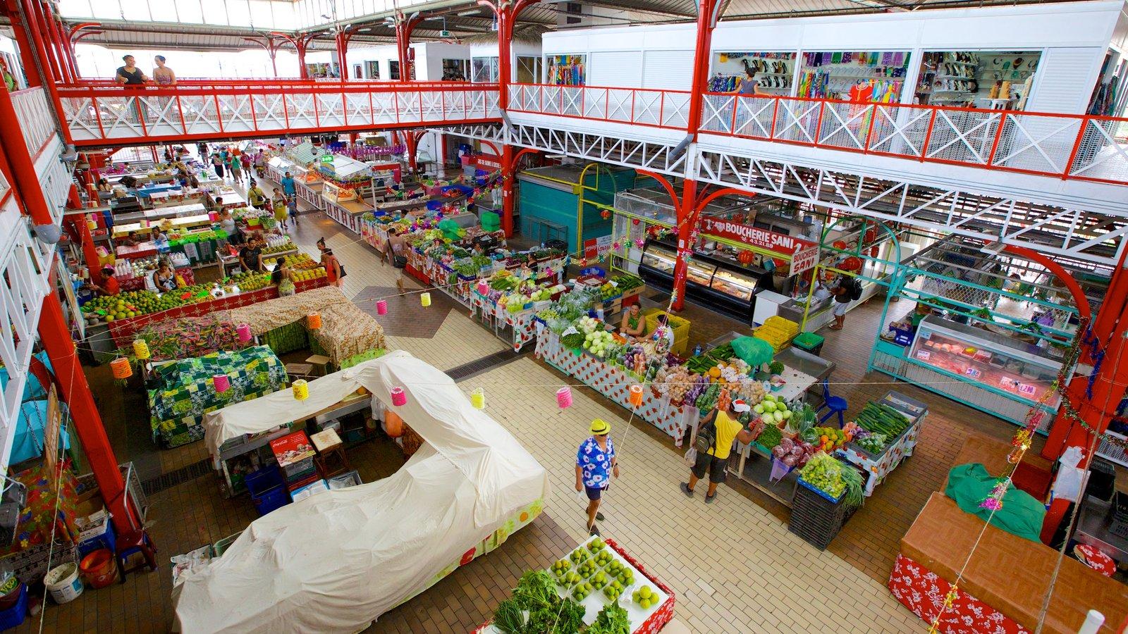 Mercado de Papeete caracterizando mercados