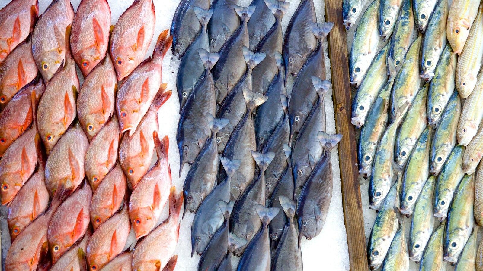 Mercado de Papeete mostrando mercados