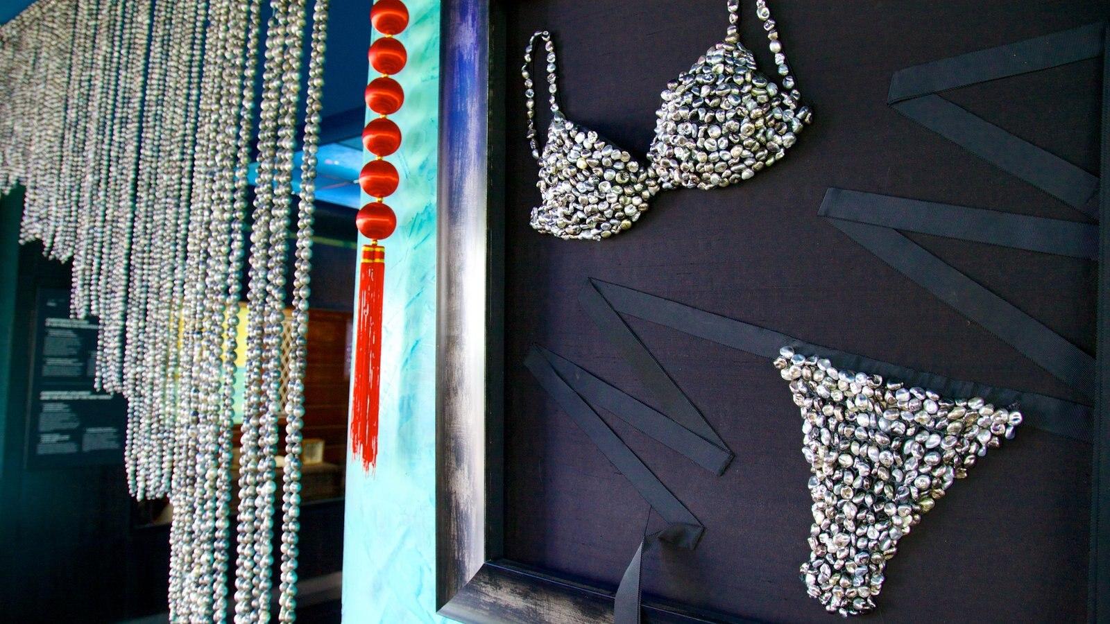 Musée de la Perle caracterizando arte e moda