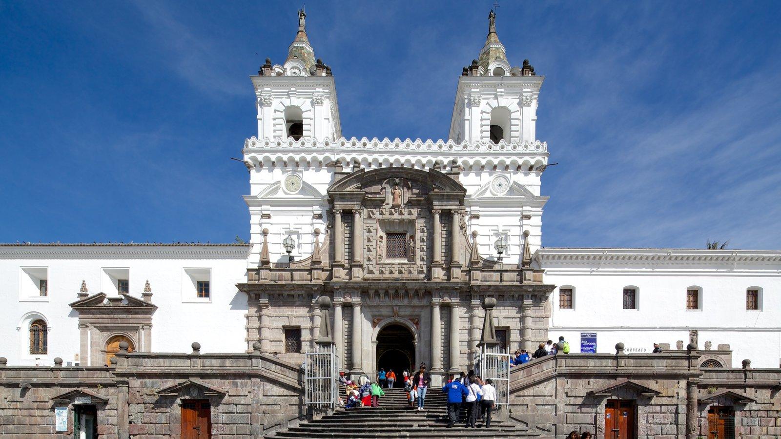 San Francisco Church mostrando uma igreja ou catedral e cenas de rua