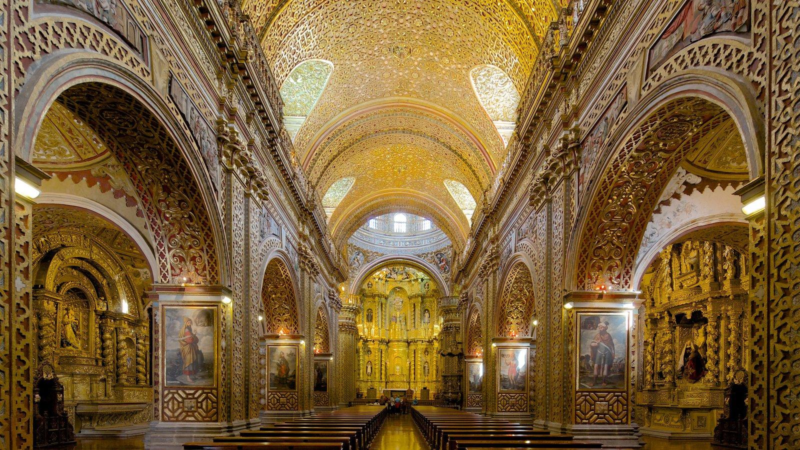 Igreja da Companhia de Jesus mostrando aspectos religiosos, uma igreja ou catedral e vistas internas