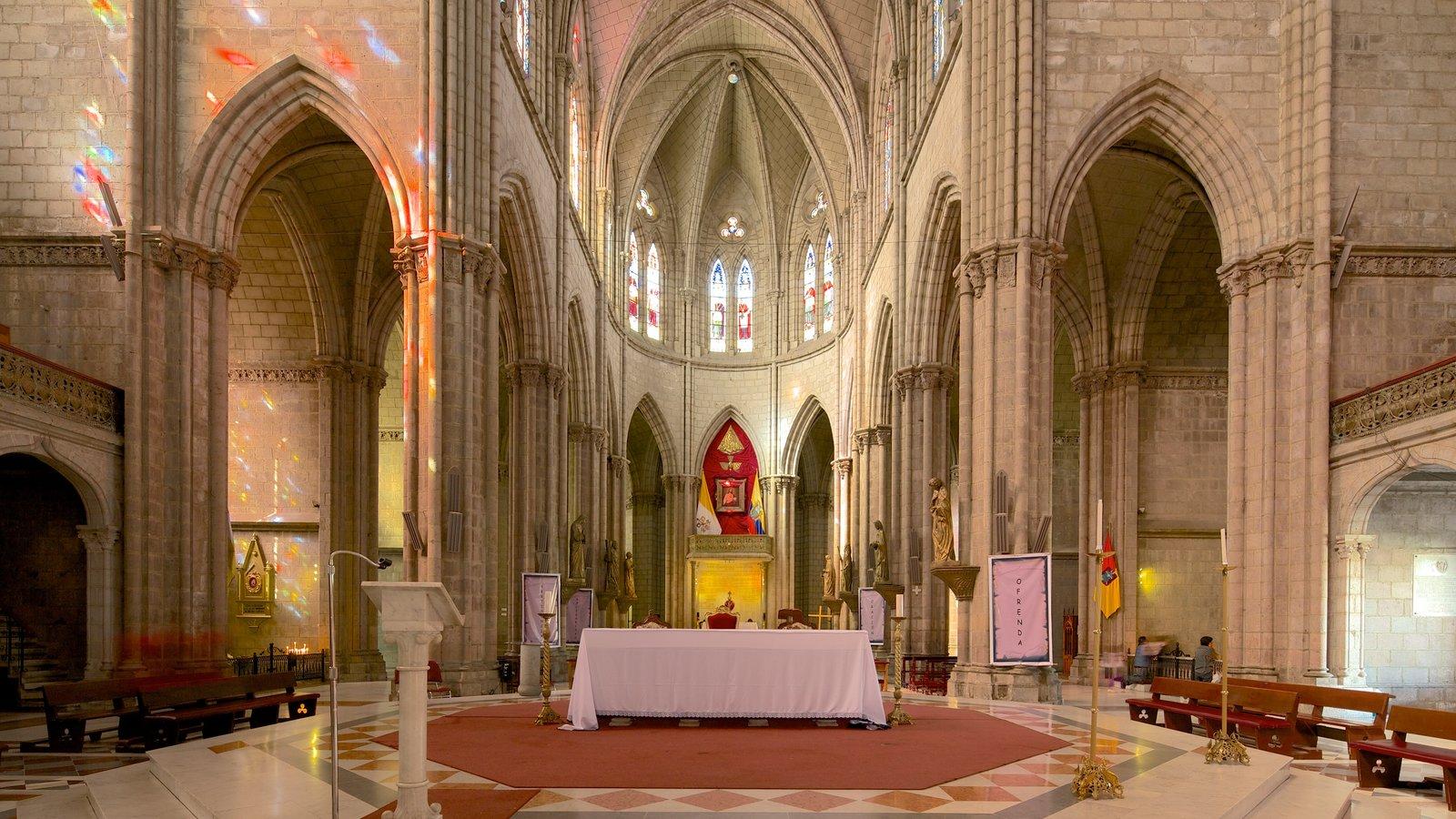 Basílica do Voto Nacional que inclui uma igreja ou catedral, vistas internas e aspectos religiosos