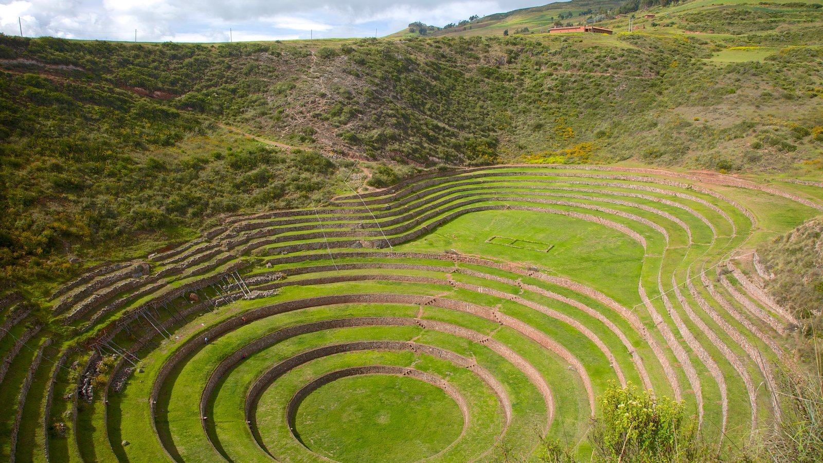 Moray Terraces which includes landscape views and indigenous culture