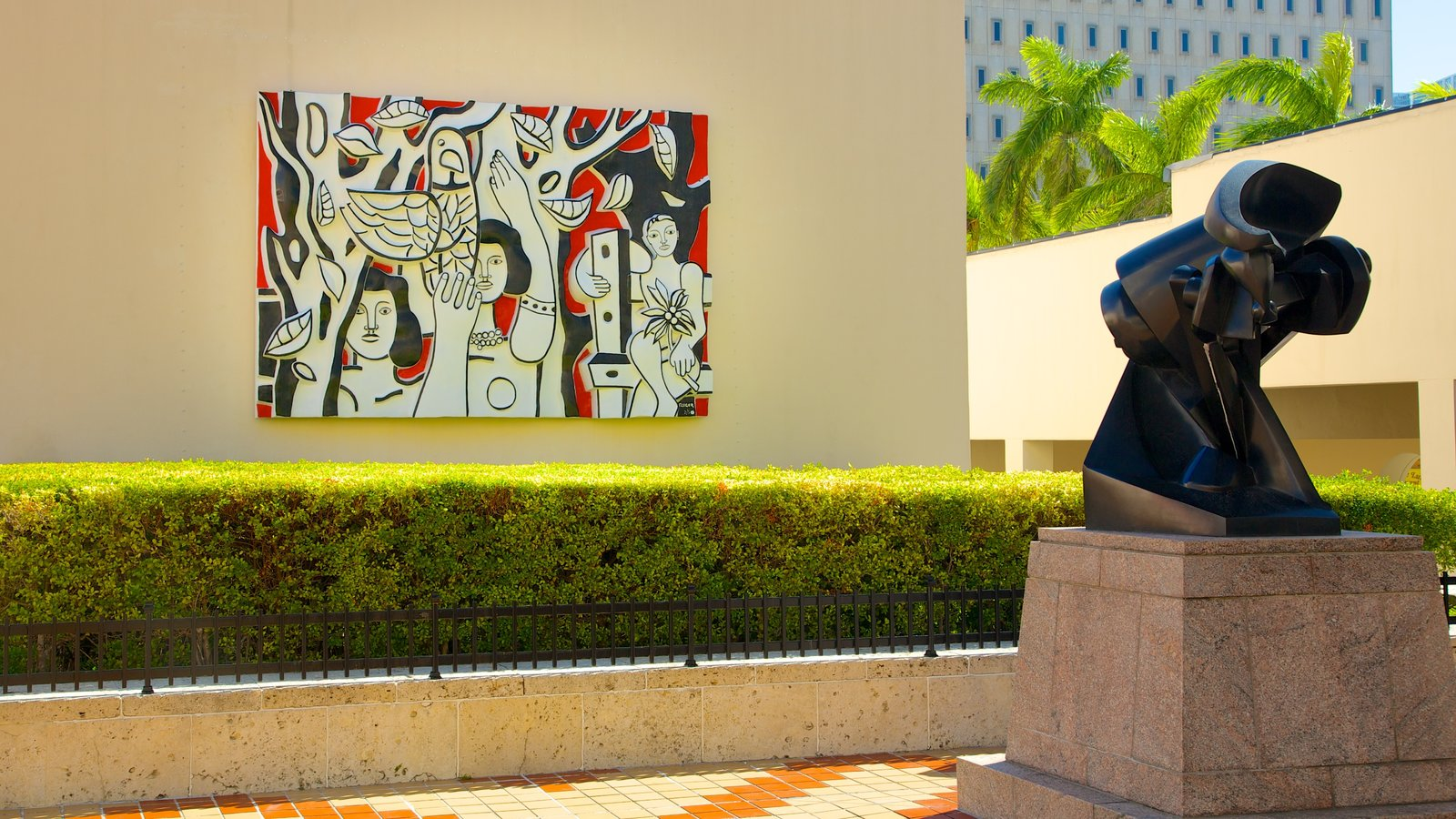 Attraction Pictures: View Images of Pérez Art Museum Miami