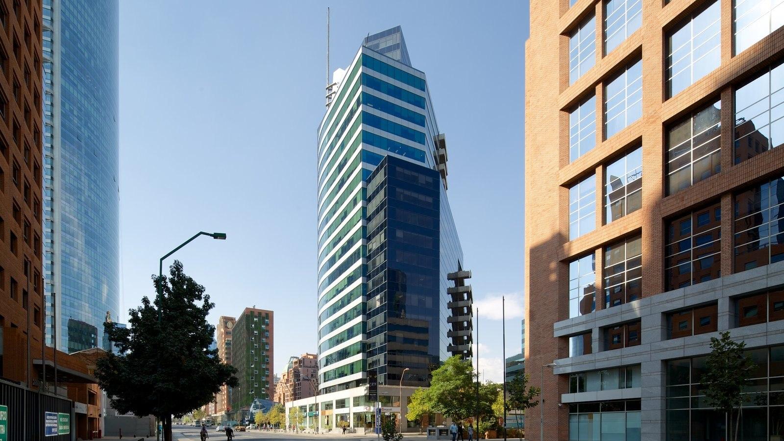 Costanera Center que inclui cbd e uma cidade