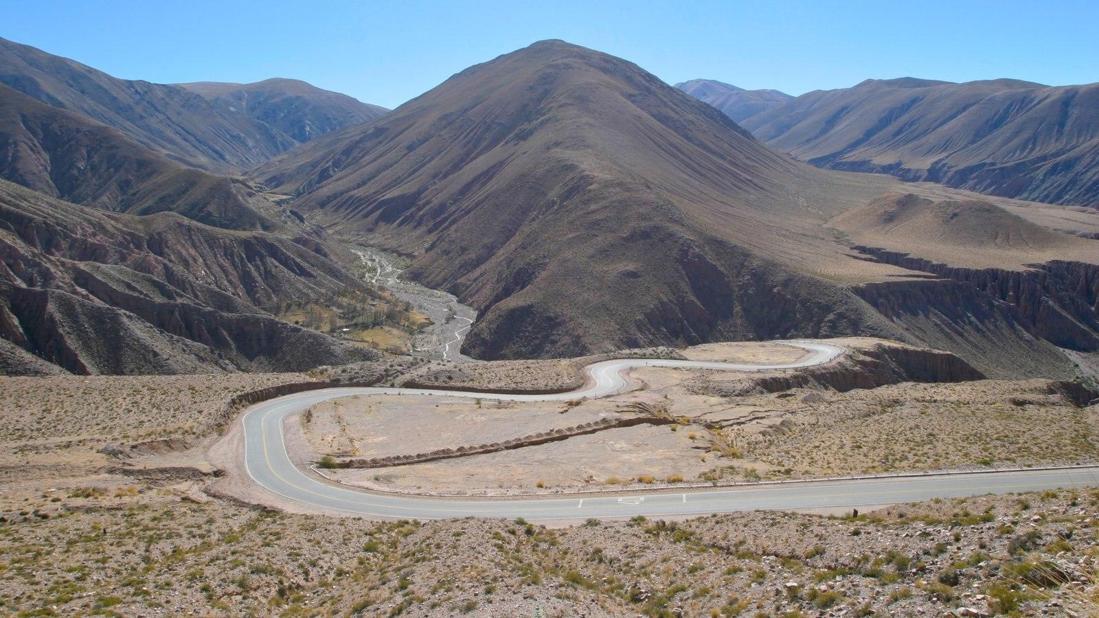 Argentina caracterizando montanhas, paisagem e paisagens do deserto